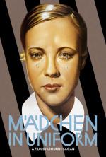 Madchen in Uniform