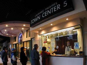 Town Center 5 - Laemmle com